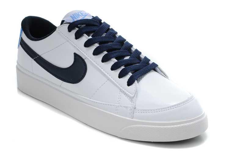 promo code 6e8a5 2b1a8 Nike blazer low homme bordeaux