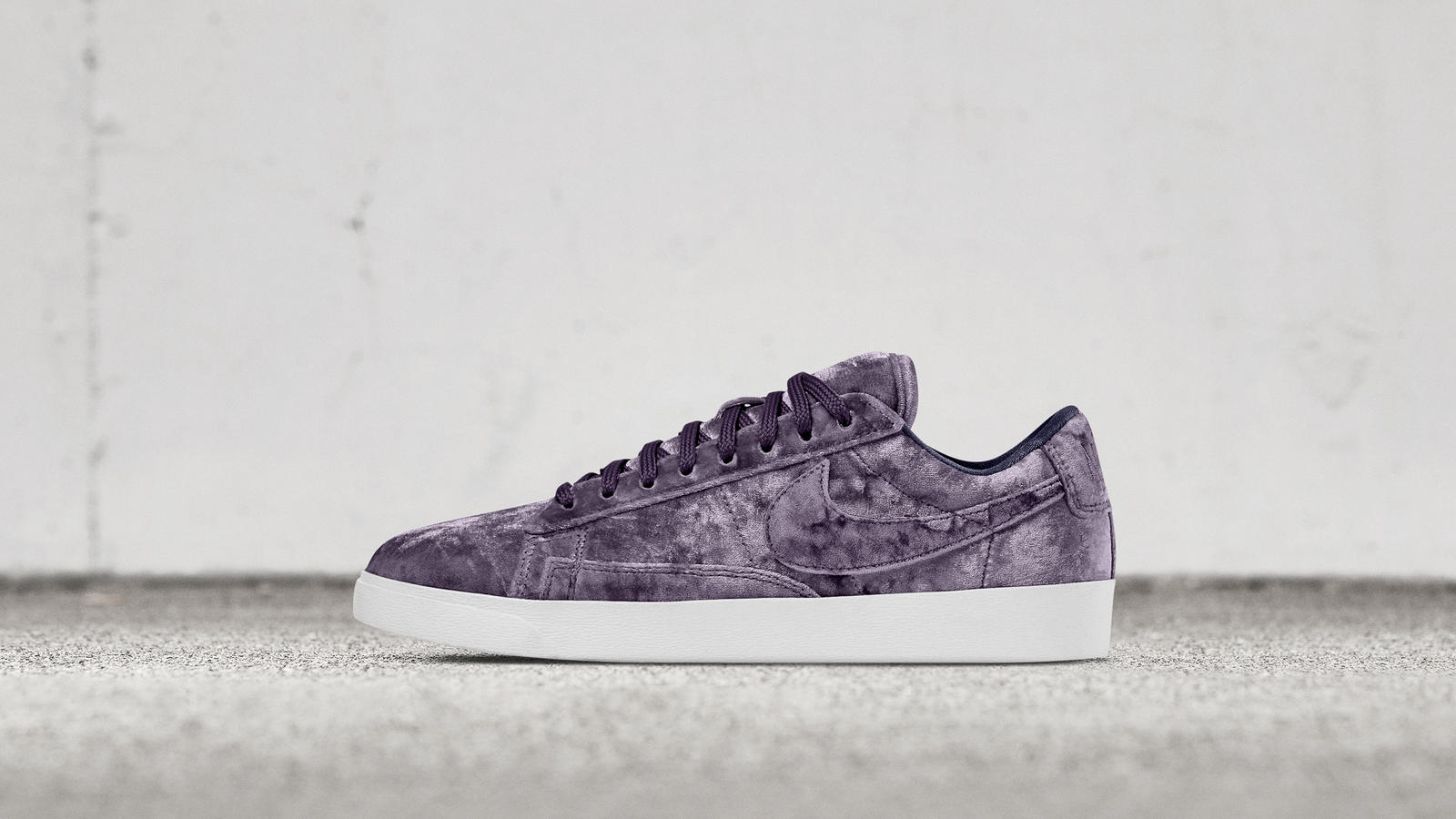 Nike blazer low violet