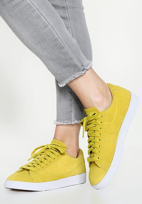 Nike blazer moutarde femme