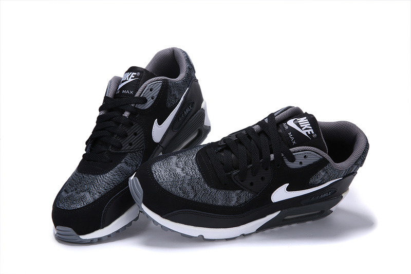 Nike blazer femme noir et blanc pas cher